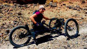En silla de ruedas rumbo al Kilimanjaro